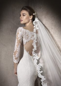MACEDONIA-D-san-patrick-pronovias-trouwjurken-collectie-2017-trouwjurk-koonings-bruidsmode