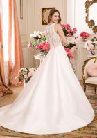 1136_FB_Sweetheart-Gowns
